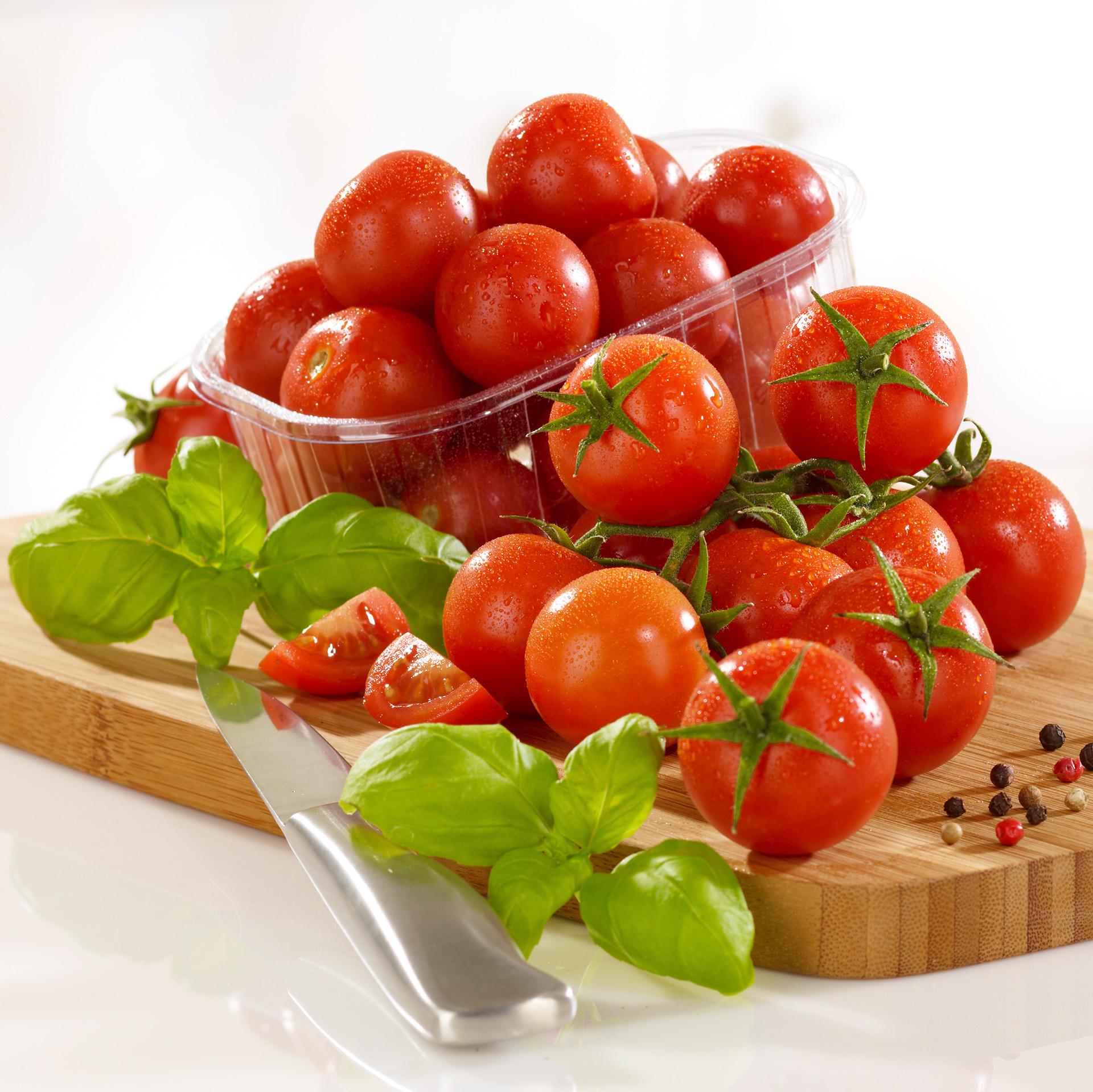 Fotodesign-matthias-schütz-bio-cherry-tomaten